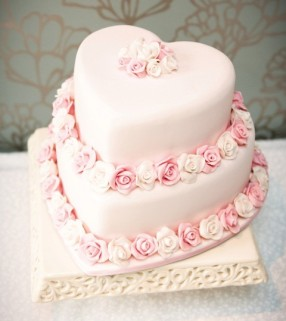 Rose Heart Wedding Cake